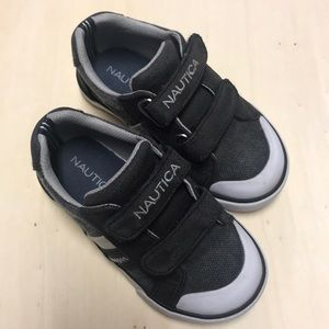 Nautica Velcro boating shoes Dark Gray and White